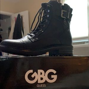 Brand new GBG Guess combat books women's size 9